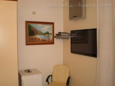 Apartments Jadran, Herceg Novi, Montenegro - photo 4