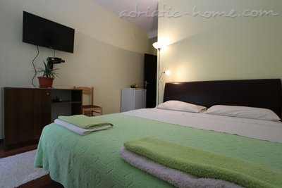 Rooms A1, Herceg Novi, Montenegro - photo 9