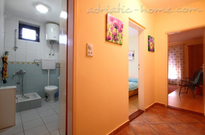 Appartementen Vila Lighthouse br.1, Budva, Montenegro - foto 4