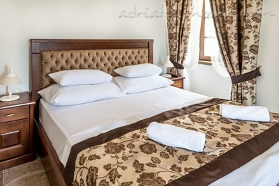 Studio apartment Hotel Restaurant Conte, Perast, Montenegro - photo 4