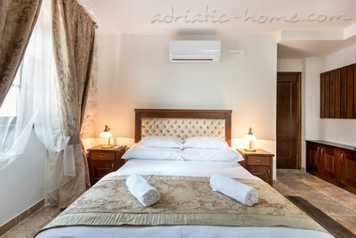 Studio apartment Hotel Restaurant Conte, Perast, Montenegro - photo 10