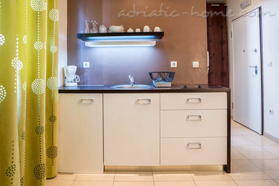 Studio apartment Put Oleandera Bol, Brač, Croatia - photo 3