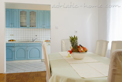 Apartments Lavanda, Promajna, Croatia - photo 4