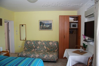 Apartments Kukoljac A3 A4, Herceg Novi, Montenegro - photo 3