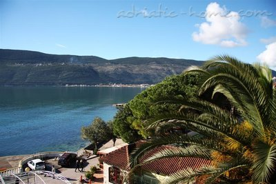 Apartments Kukoljac A3 A4, Herceg Novi, Montenegro - photo 1