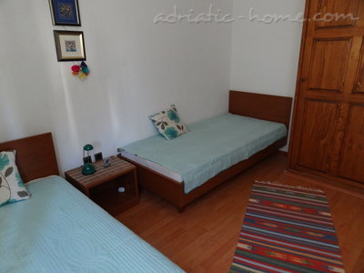 Appartamenti Apartmans with see  view (A1), Pag, Croazia - foto 9