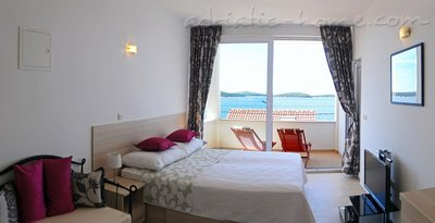 Studio apartment DEA, Hvar, Croatia - photo 1