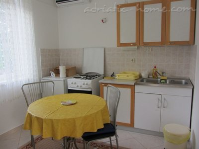Apartments Neda A2, Biograd na moru, Croatia - photo 4