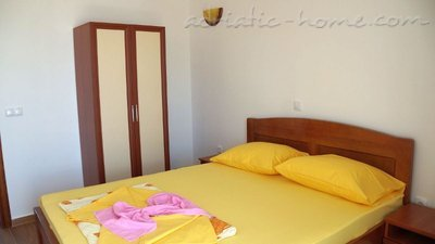 Apartments Onyx III, Ulcinj, Montenegro - photo 2