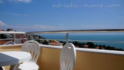 Apartments Onyx IV, Ulcinj, Montenegro - photo 1