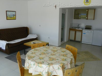 Apartments etna, Ulcinj, Montenegro - photo 3