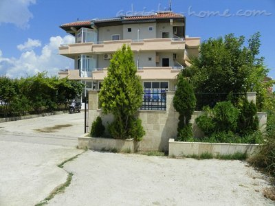 Studio apartment Etna III, Ulcinj, Montenegro - photo 1
