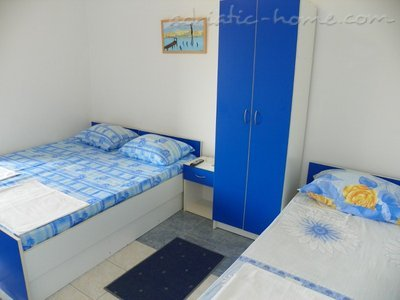 Studio apartment Etna III, Ulcinj, Montenegro - photo 4