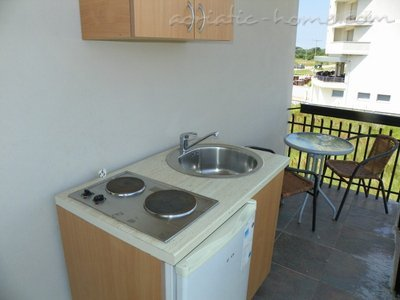 Studio apartment Etna III, Ulcinj, Montenegro - photo 8