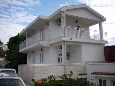 "Apartments Vila "" Danica "", Petrovac, Montenegro - photo 1"