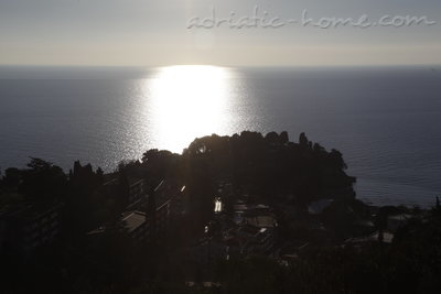 Apartments Premium Apartment, Ulcinj, Montenegro - photo 4