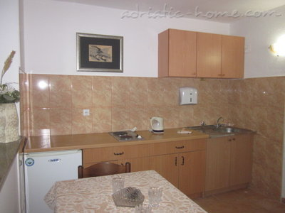 Apartments Adriatic VI, Ulcinj, Montenegro - photo 5