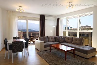Apartments Elegant, Budva, Montenegro - photo 3