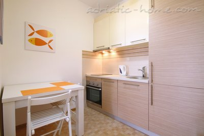 Apartments Coral, Budva, Montenegro - photo 6