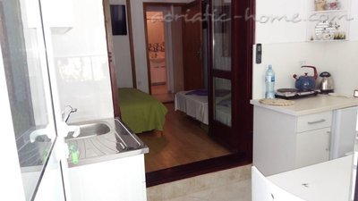 Studio apartment Andrijana, Herceg Novi, Montenegro - photo 3