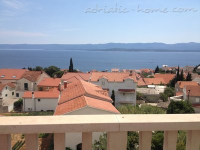 Studio apartment Apartments 3+1, Brač, Croatia - photo 1