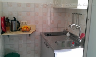 Studio apartament Apartments 2+1, Brač, Kroacia - foto 2