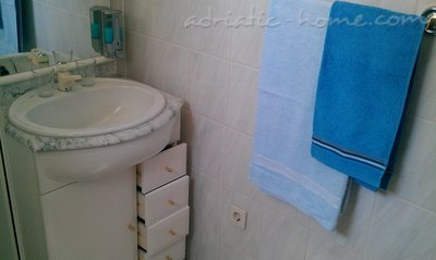 Studio apartament Apartments 2+1, Brač, Kroacia - foto 3