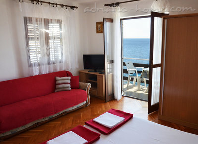Studio apartment  Mia 2, Hvar, Croatia - photo 4