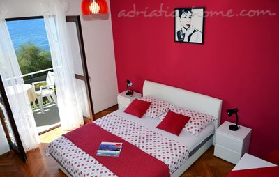 Studio apartment Mia 3, Hvar, Croatia - photo 3
