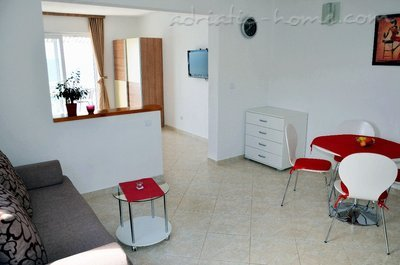 Studio apartment  Mia 4, Hvar, Croatia - photo 6