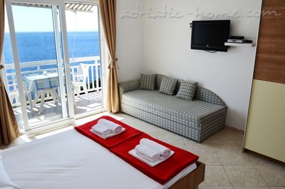 Studio apartment  Mia 5, Hvar, Croatia - photo 3