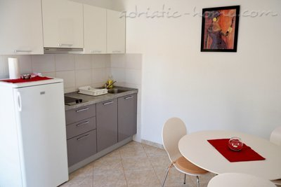 Studio apartment  Mia 5, Hvar, Croatia - photo 5