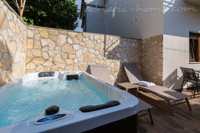 Studio apartment JACUZZI PEPI (2 PERSONS) - WITH GARDEN VIEW, Crikvenica, Croatia - photo 4
