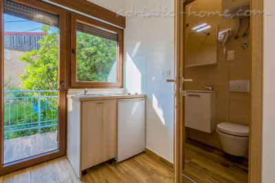 Studio apartment JACUZZI PEPI (2 PERSONS) - WITH GARDEN VIEW, Crikvenica, Croatia - photo 9