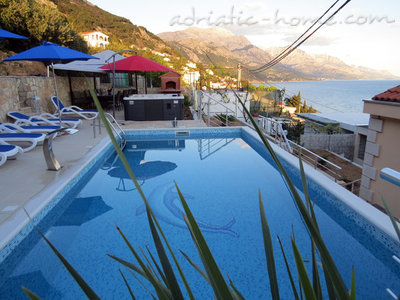Apartments Luxury 4* apartments villa Dusanka 100m od Mora, Pisak, Croatia - photo 1