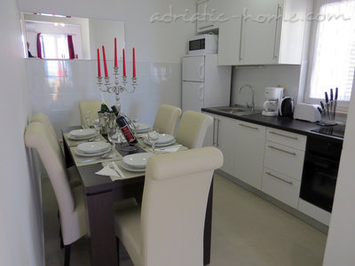 Appartamenti Luxury 4* apartments villa Dusanka 100m od Mora, Pisak, Croazia - foto 4