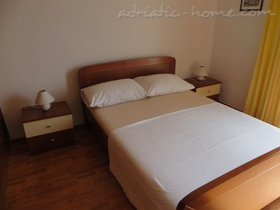 Apartments A8, Drašnice, Croatia - photo 3