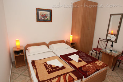 Studio apartment Vila Dalex, Pržno, Montenegro - photo 1