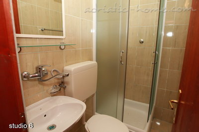 Studio apartment Vila Dalex, Pržno, Montenegro - photo 8
