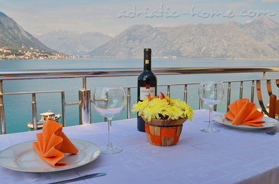 Apartmanok Kotor Bay Beautiful Sea View Apartment, Kotor, Montenegro - fénykép 1