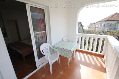 Apartments Vera, Herceg Novi, Montenegro - photo 9
