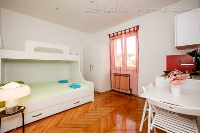 Studio apartment villa Lole, Split, Croatia - photo 11