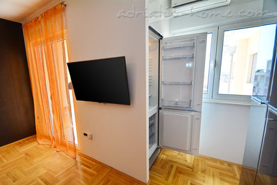 Appartementen Modern sea and mountain view apartment in Budva, Budva, Montenegro - foto 7