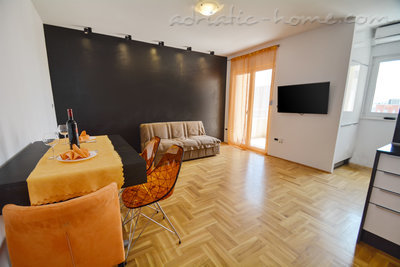 Appartementen Modern sea and mountain view apartment in Budva, Budva, Montenegro - foto 2
