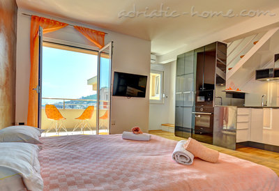Apartamentos Modern sea and mountain view apartment in Budva, Budva, Montenegro - foto 8
