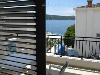 Apartments JELENA Galeb, Herceg Novi, Montenegro - photo 1