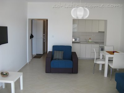 Apartments JELENA Galeb, Herceg Novi, Montenegro - photo 4