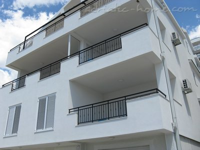 Apartments JELENA Galeb, Herceg Novi, Montenegro - photo 14