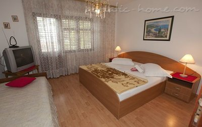 Apartments Skrabic, Brela, Croatia - photo 4