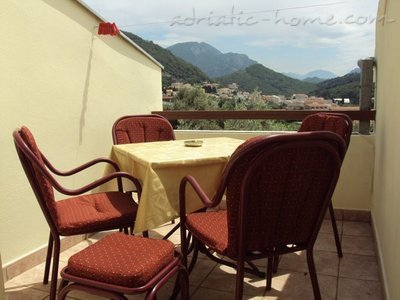 Appartementen GREGOVIC M&M 6-bed, Petrovac, Montenegro - foto 12
